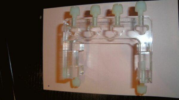 Bubble Magus Schlauchhalter für 4-Schläuche